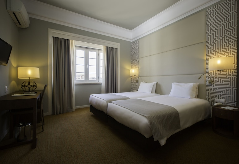 Hotel Miraparque, Lisbon, Twin Room, Park View, Guest Room