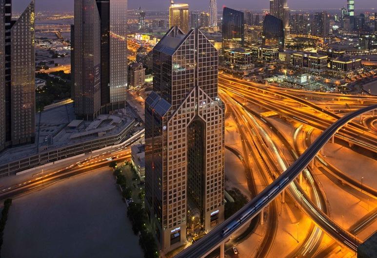Dusit Thani Dubai, Dubái