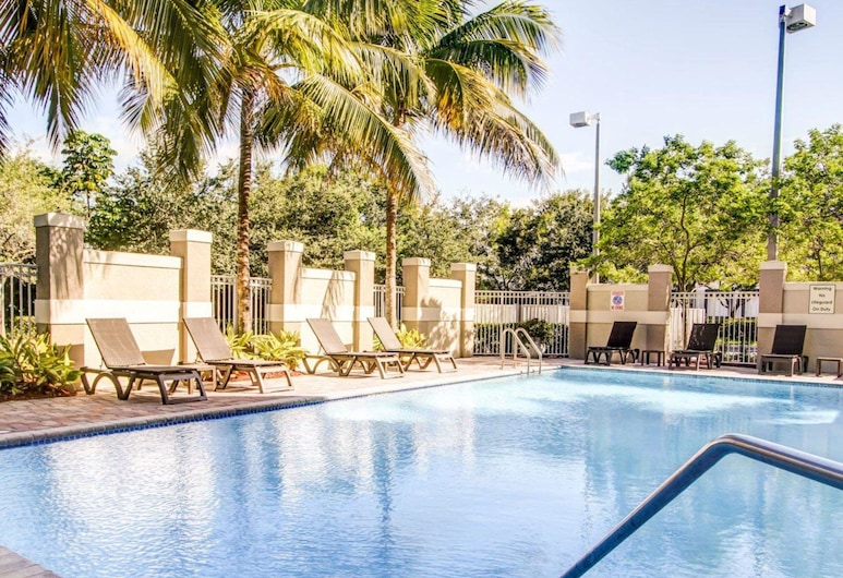 Comfort Suites Weston - Sawgrass Mills South, Weston, Basen