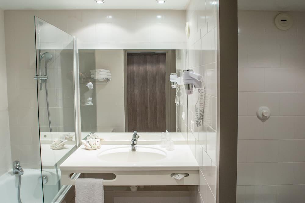 Habitación clásica, 1 cama Queen size, para no fumadores - Baño