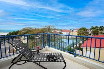 ภาพ Flamingo Beach Resort by Diamond Resorts ใน Simpson Bay