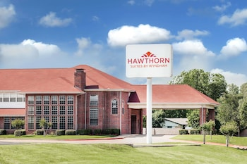 Picture of Hawthorn Suites by Wyndham Irving DFW South in Irving