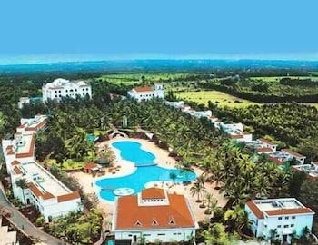 벵갈루루의 골든 팜스 호텔 앤드 스파 사진