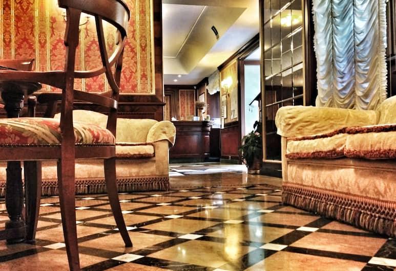 Hotel Cilicia, Rom, Tempat Duduk di Lobi
