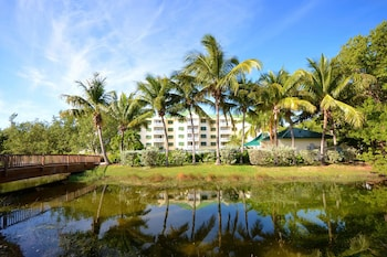 Picture of Sunrise Suites Resort in Key West