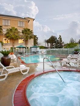 תמונה של Ayres Hotel Anaheim באנהיים