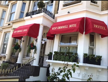 Picture of West Cromwell Hotel in London