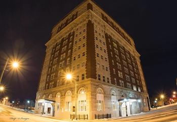 Picture of Hotel Utica in Utica