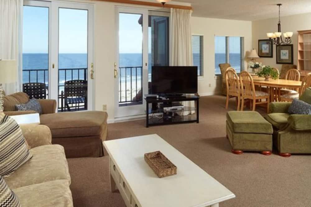 Villa, 3 Bedrooms, Ocean View - Living Room