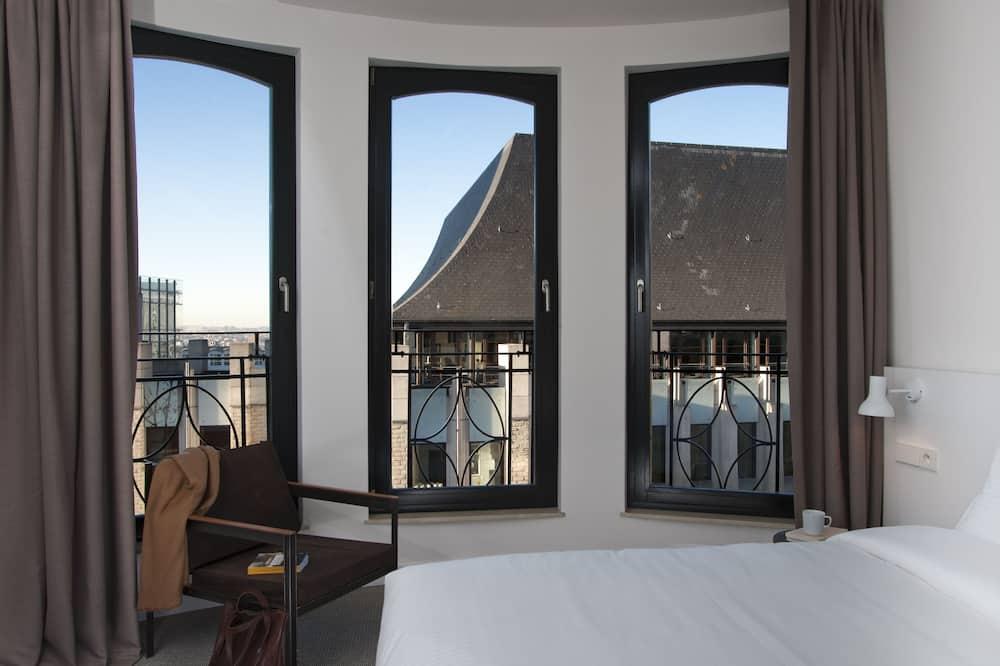 Klasikinio tipo dvivietis kambarys - Vaizdas iš svečių kambario