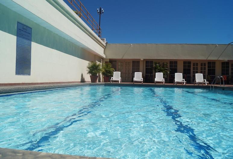 Hotel Casino Siesta, San Salvador, Kolam