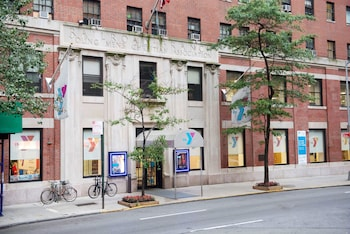 Picture of Vanderbilt YMCA in New York