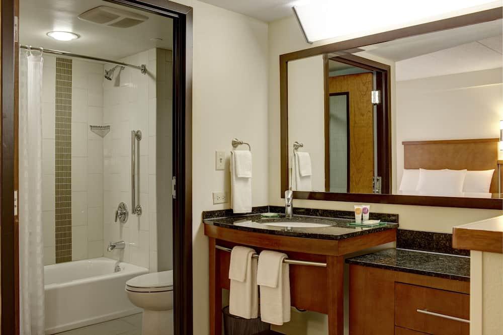 סוויטת סטודיו קלאסית, מספר מיטות (High Floor) - חדר רחצה
