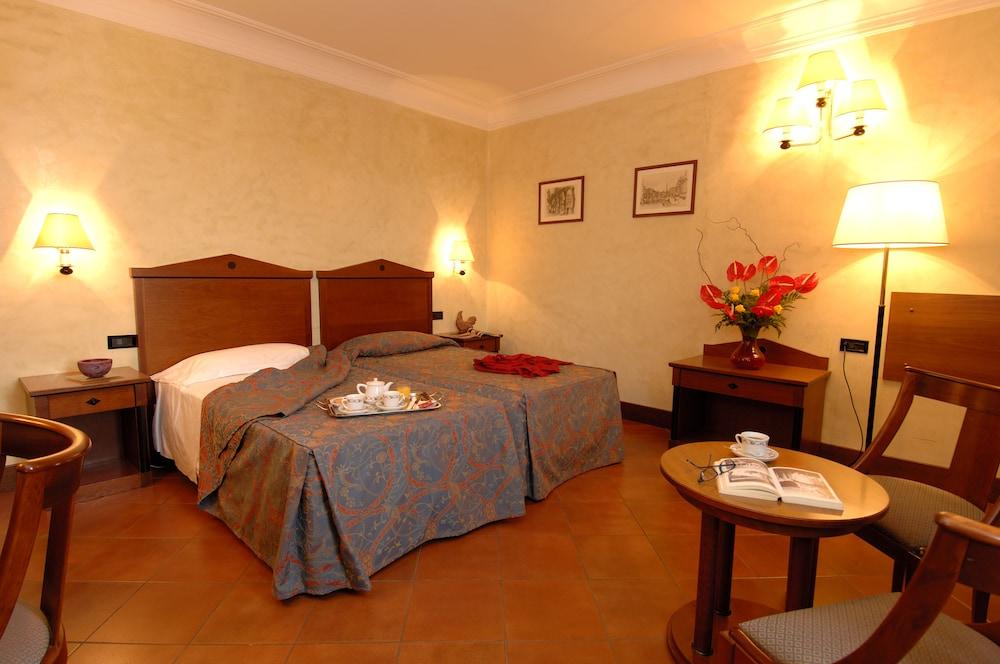 Hotel Malaspina, Florence