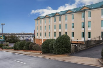 Picture of Quality Inn in Union City