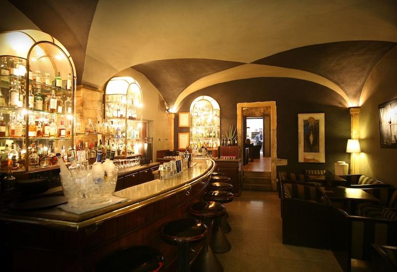 Cour des Loges, Lyon, Bar hotelowy