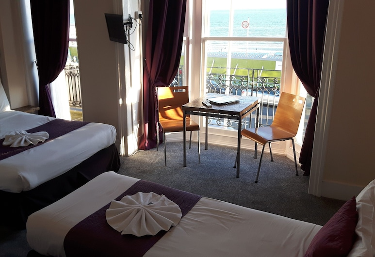 New Madeira Hotel, Brighton, חדר סטנדרט לארבעה, שירותים צמודים, נוף לים, חדר אורחים