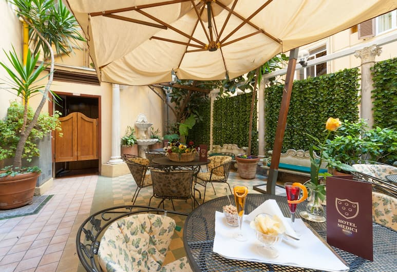 Hotel Medici, Rome, Outdoor Dining