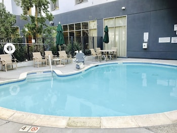 Picture of Courtyard by Marriott Oakland Downtown in Oakland