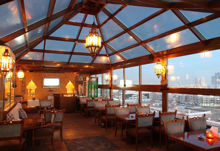 Sea View Hotel, Dubai, Outdoor Dining