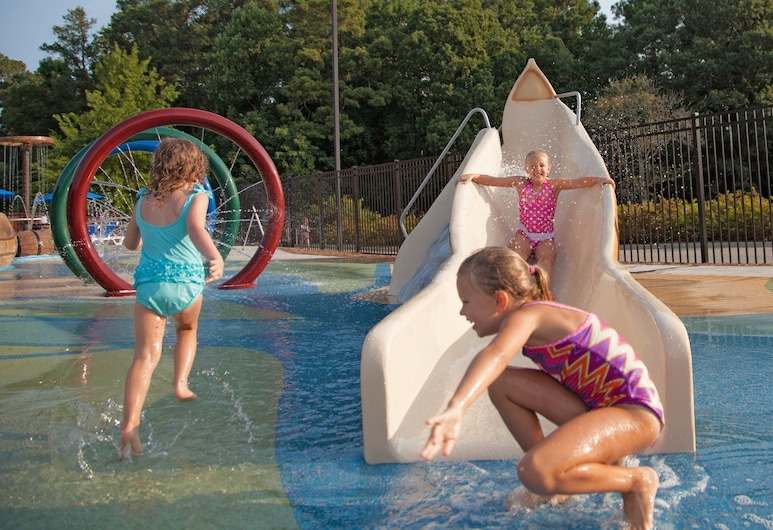 Woodlands Hotel & Suites - A Colonial Williamsburg Hotel, Williamsburg, Children's Play Area – Outdoor
