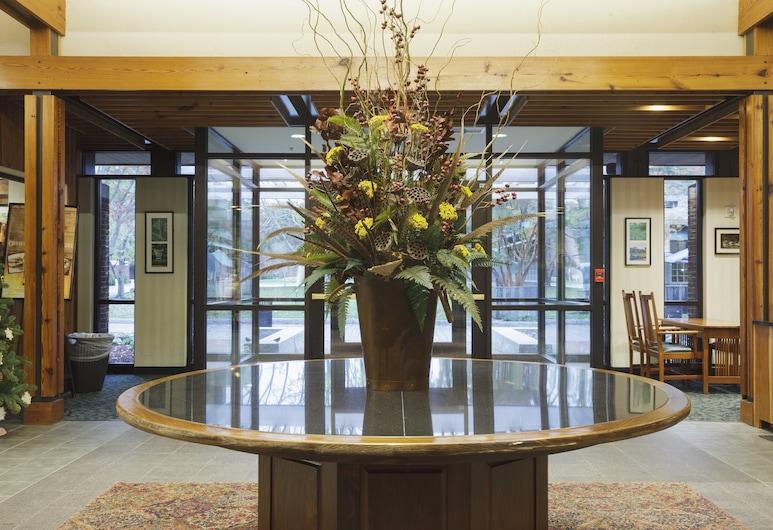 Woodlands Hotel & Suites - A Colonial Williamsburg Hotel, Williamsburg, Vestibiulis