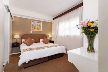 Picture of Best Western Cape Suites Hotel in Cape Town