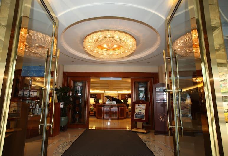 台北長榮桂冠酒店, 台北市