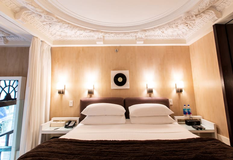 City Club Hotel, New York, Kétszintes, 1 king (extra méretű) franciaágy, Vendégszoba