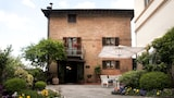 Choose This 3 Star Hotel In Siena