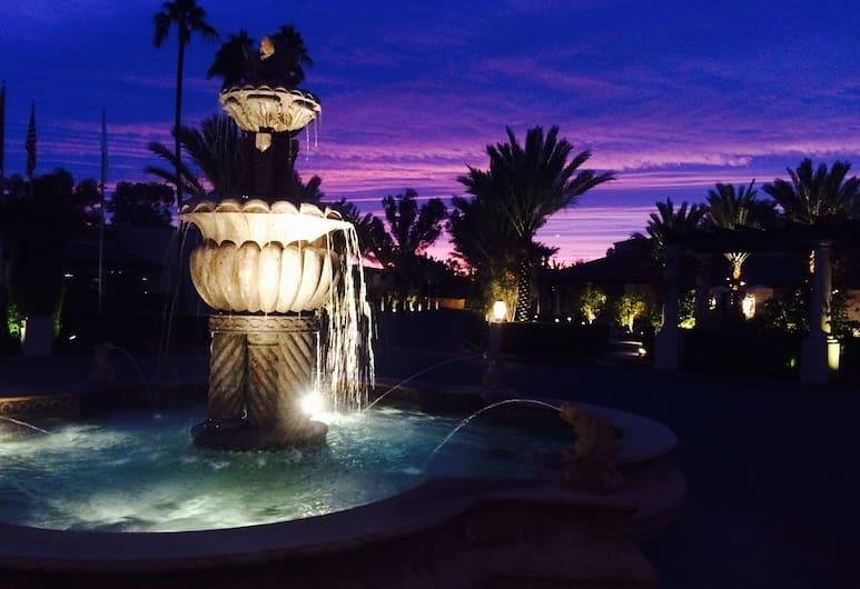 The Scottsdale Resort at McCormick Ranch, Scottsdale, Fonte