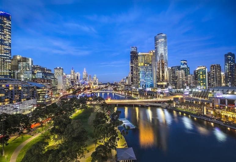 Crowne Plaza Melbourne, Melbourne, Sviit, 1 ülilai voodi, vaade jõele, Tuba