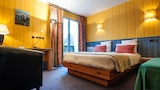 Choose This Business Hotel in Saint-Ferreol -  - Online Room Reservations