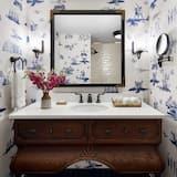 Room, 2 Queen Beds, Accessible (Graduate Queen Queen - Accessible) - Bathroom