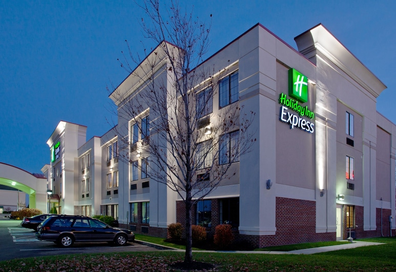 Holiday Inn Express Hotel & Suites Columbus SW-Grove City, Grove City