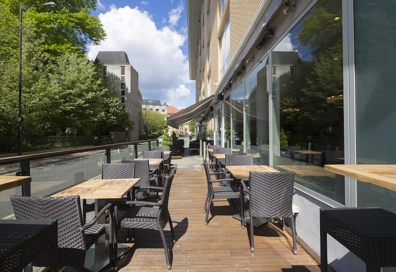 Hilton Garden Inn Bristol City Centre, Bristol, Outdoor Dining