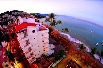 Puerto Vallarta — zdjęcie hotelu Emperador Vallarta Beachfront Hotel and Suites