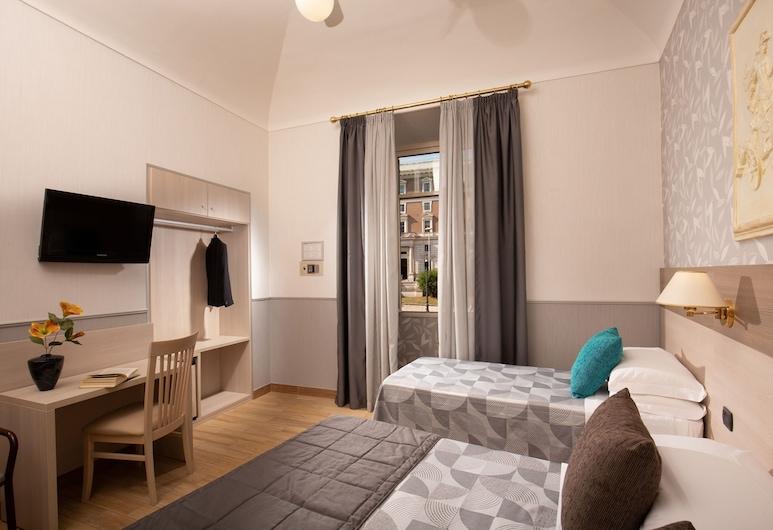 Hotel Dorica, Rome, Triple Room, Guest Room