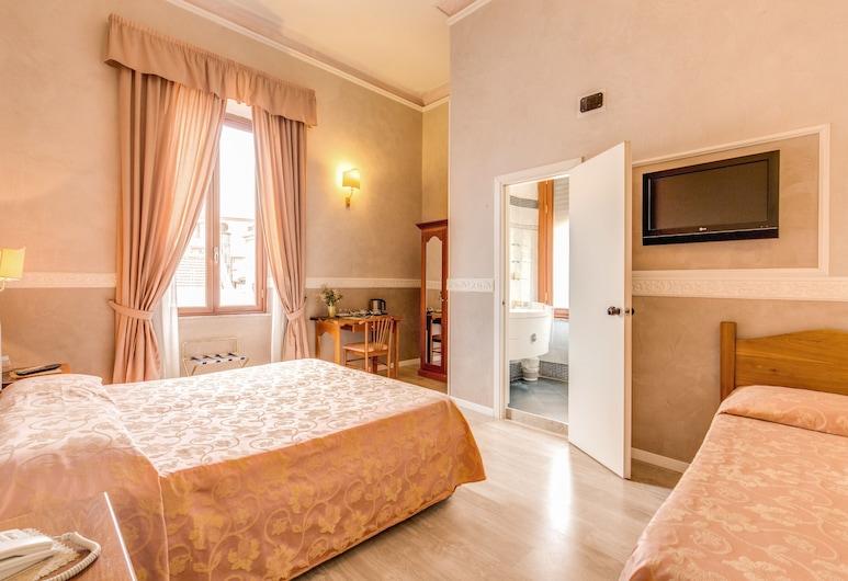馬提尼飯店, 羅馬, 三人房, 客房