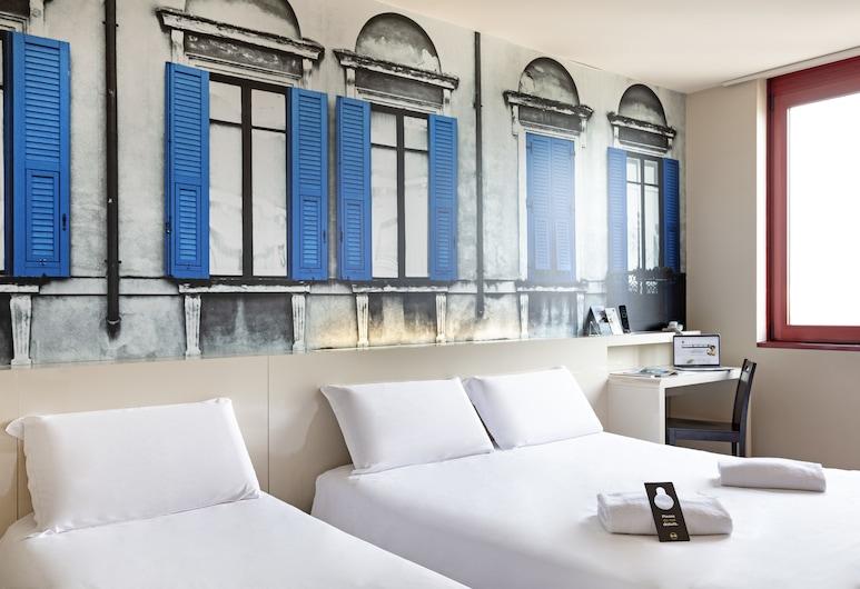 B&B Hotel Verona, Verona, Kolmen hengen huone, Tupakointi kielletty, Vierashuone