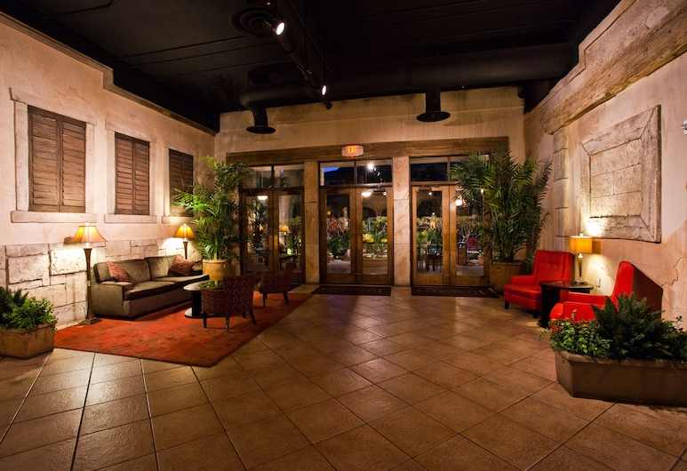 Tuscany Suites & Casino, Las Vegas, Binnenkant hotel