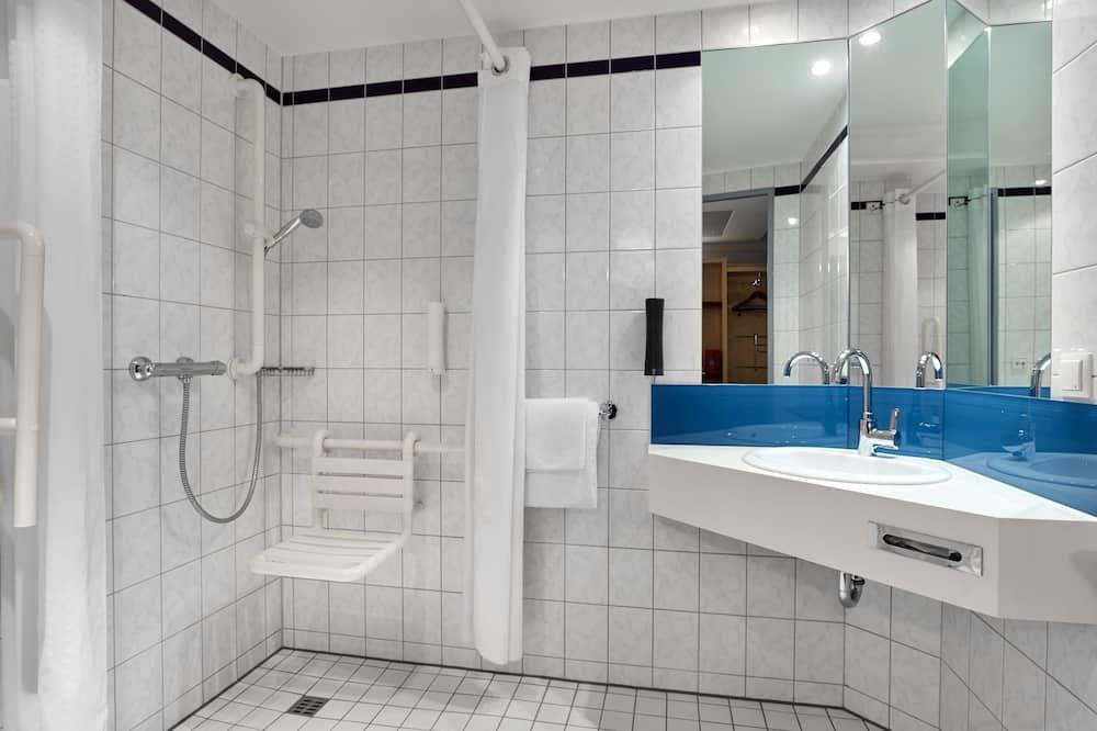 Habitación, 1 cama Queen size, con acceso para silla de ruedas (Wheelchair) - Baño