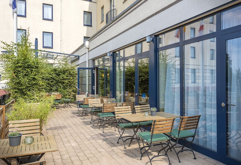 Holiday Inn Express Dortmund, Dortmund, Taras/patio