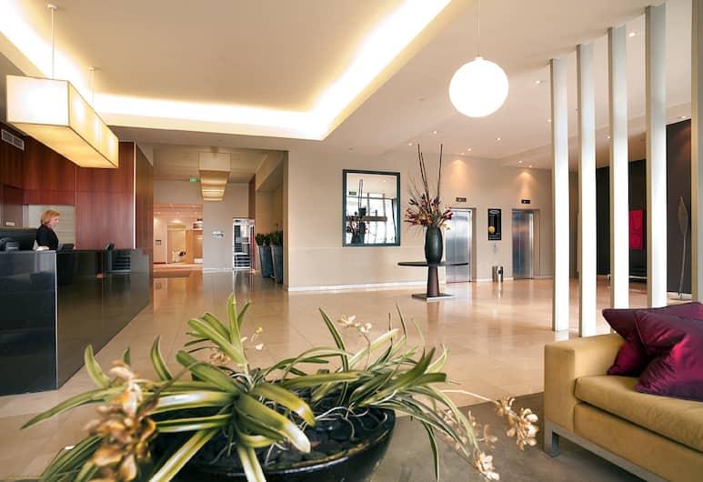 Adina Apartment Hotel Melbourne on Flinders, Melbourne, Saguão