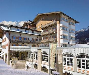 Picture of Harisch Hotel Weisses Rössl Kitzbühel in Kitzbuehel