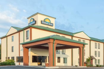 Picture of Days Inn New Orleans/LaPlace in LaPlace