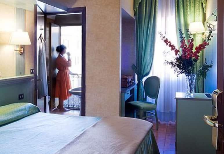 Hotel Zara, Рим, Двухместный номер с 1 двуспальной кроватью, Номер