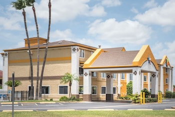 Picture of Super 8 Harlingen TX in Harlingen