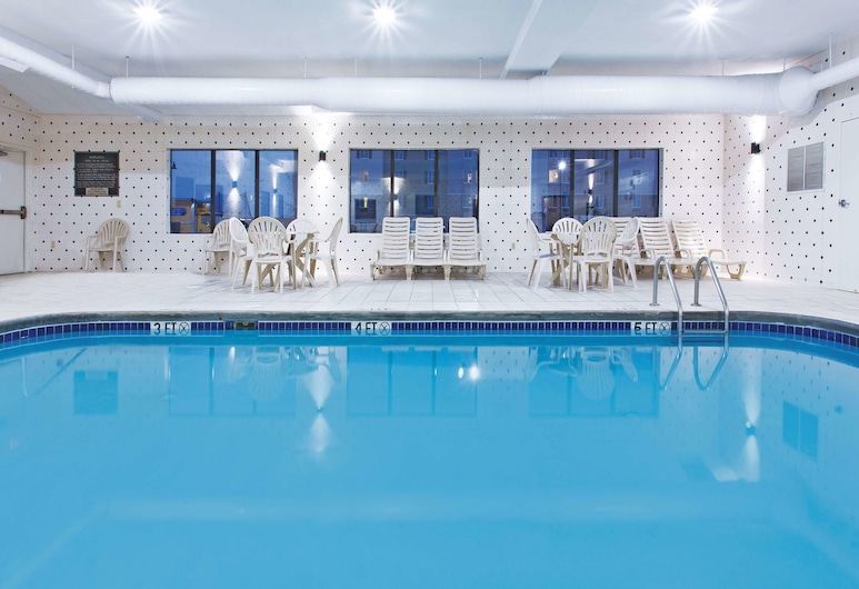 La Quinta Inn & Suites by Wyndham Columbus - Grove City, Grove City, Indoor Pool