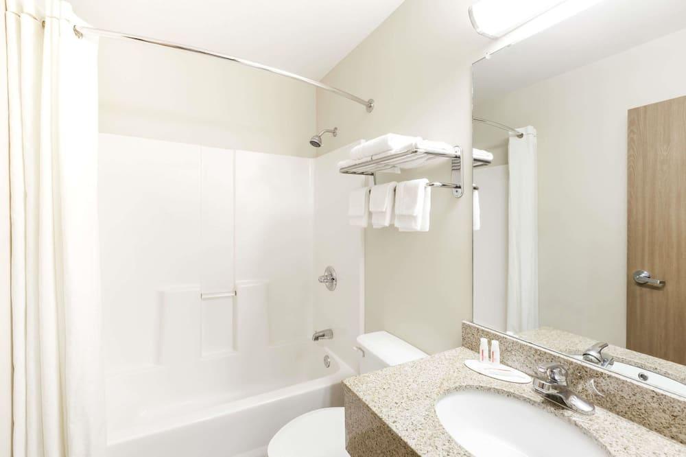 Studiosuite, Mehrere Betten, Nichtraucher - Badezimmer